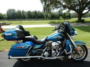 2014 - Harley-Davidson Ultra Classic detach. Tour